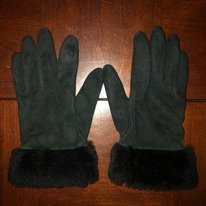 UGG Genuine Furr and Cashmere Gloves 🖤